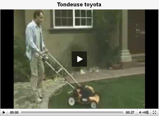 Vidéos commiques E-et-cie-tondeuse-toyota-3105535